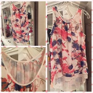DR2 sleeveless high low floral tunic